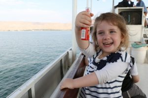 בשיט על הסירה